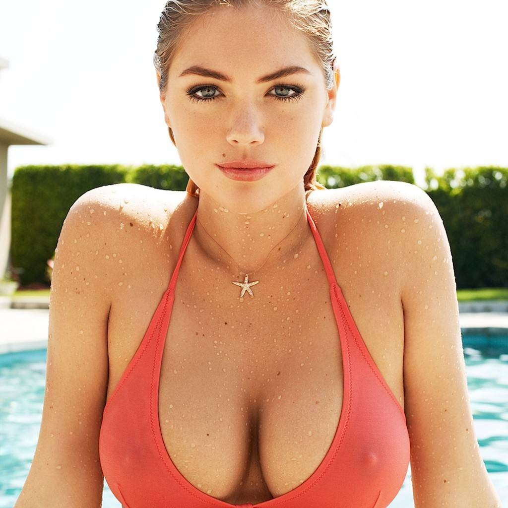 kate-upton-boobs-geeks-and-cleats-1024x1024
