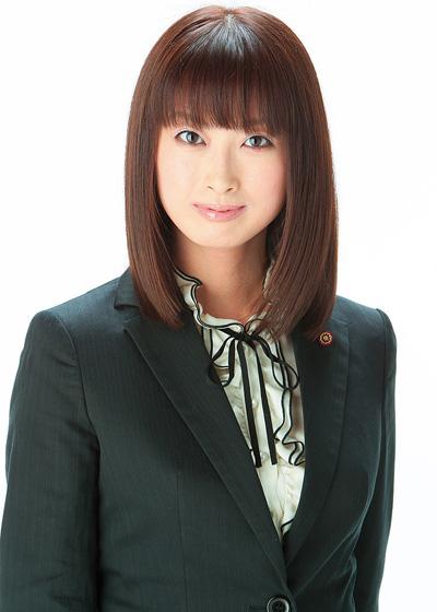Hot-Yuri-Fujikawa-Cuma1