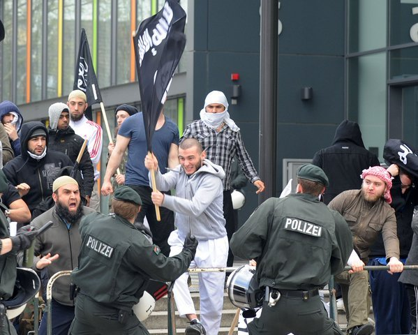 Muslims integrate into German society. (Twitter)
