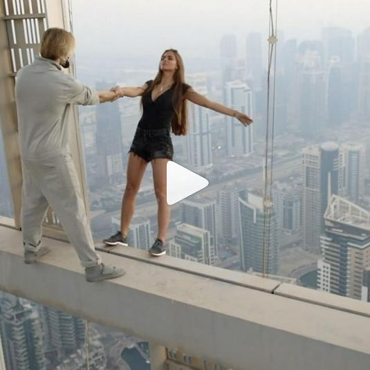 Russian model defies death in Dubai. (Youtube)